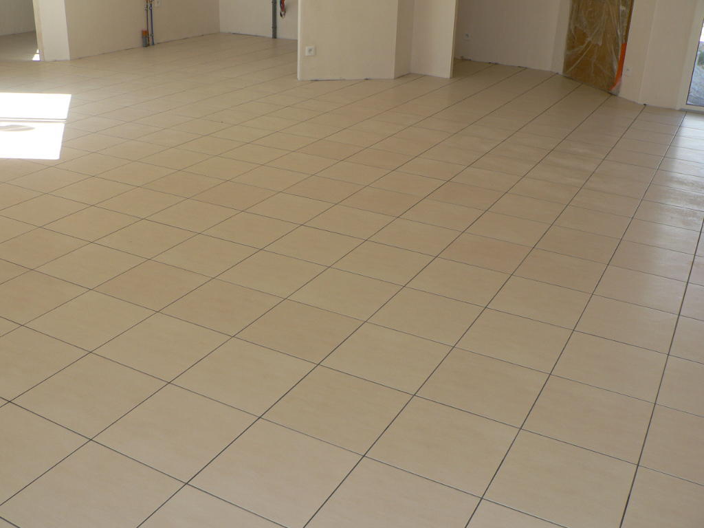 Parquet bois ou carrelage mulhouse charleville for Carrelage clipsable prix
